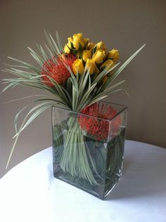 Arrangement Modern Floral Design | Corporate Event Flower Arrangement Portfolio - B. Ray Floral Design