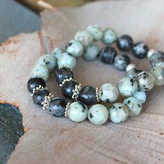Labradorite, jasper and sterling silver bracelet #SterlingSilverBracelets