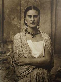 Guillermo Kahlo: Frida Kahlo, 1932