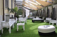 Benvenuti al Fuorisalone dell'Ordine degli Architetti di Milano, dal 16 al 22 Aprile 2012. Il prato verde è di Geogreeen (foto di Stefano Suriano).