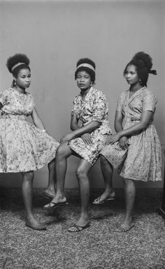 Rare portraits reveal Nigeria's young and fashionable elite on the rise in the century is part of Vintage portraits - Once an obscure name in Nigeria's canon of photographers, Chief S O Alonge's legacyand archive step into cultural spotlight African Beauty, African Women, African Fashion, Vintage Black Glamour, Look Vintage, Vintage Photos, Black Girl Magic, Black Girls, Moving Photos
