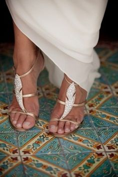 Gorgeous wedding shoes. Want to find some sandals like this for after the ceremony