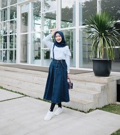 Wearing top by cute overload!💙 hijab photoshoot i Modern Hijab Fashion, Street Hijab Fashion, Muslim Fashion, Modest Fashion, Skirt Fashion, Fashion Outfits, Style Fashion, Hijab Casual, Hijab Chic