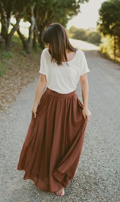 vintage, summer outfit. Modest is hottest.