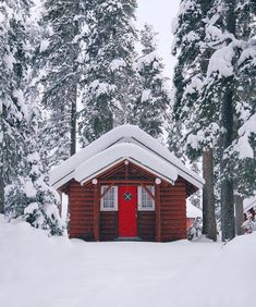 The Little Winter Cabin on Hoot Owl Hill🦉 Shed Homes, Cabin Homes, Log Homes, Shed Building Plans, Shed Plans, Log Cabin Sheds, Log Cabins, Shed Builders, Shed To Tiny House