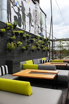 If you prefer to keep up the patio and make sure that it remains clean, it is extremely important to center on discipline. Most patio and outdoor stores are going to have good selection to pick fro… Design Café, Design Hotel, Cafe Design, Patio Design, Exterior Design, Interior And Exterior, House Design, Design Ideas, Garden Design