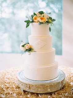 Monogrammed cake: http://www.stylemepretty.com/2015/02/19/elegant-coastal-wedding-at-half-moon-bay/ | Photography: Jessica Burke - http://www.jessicaburke.com/