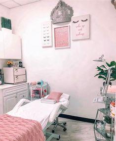 Beauty Room Salon, Beauty Room Decor, Beauty Salon Interior, Ideas De Cabina, Eyelash Extensions Salons, Spa Room Decor, Esthetics Room, Home Salon, Room Setup
