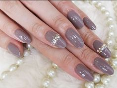 グレージュ1カラー 【acca style】 http://nail-beautynavi.woman.excite.co.jp/design/detail/34004?pint ≪ #nail #nails #nailart #softgel  #ネイル #秋ネイル ≫