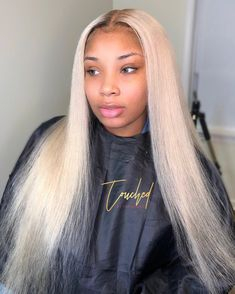 Blonde Wigs Lace Hair Brown Wigs Strawberry Blond Hair 613 With Dark Roots Very Light Ash Blonde Short Hair Styles Easy, Medium Hair Styles, Natural Hair Styles, Blonde Hair Black Girls, Blonde Wig, Blonde Weave, Easy Hairstyles For Medium Hair, Weave Hairstyles, Frontal Hairstyles