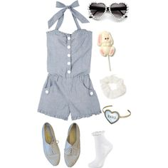 A fashion look from March 2014 featuring Topshop socks and Forever 21 hair accessories. Browse and shop related looks.
