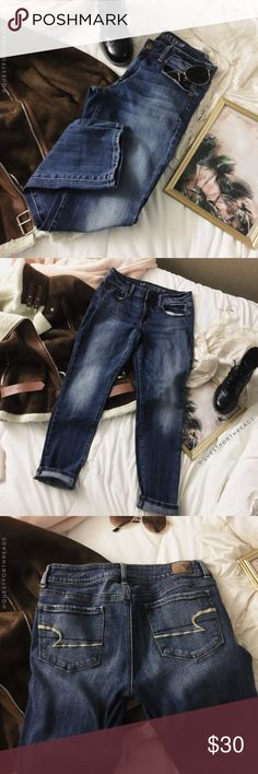 """AMERICAN EAGLE - SKINNY STRETCH DENIM JEANS In great condition. size 6.   approximate measurements: length: 36"""" inseam: 28"""" rise: 7.5"""" waist: 30"""" American Eagle Outfitters Pants Skinny"""