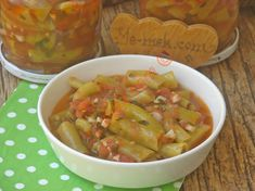 Kışlık Konserve Menemen Tarifi, Nasıl Yapılır? (Resimli) | Yemek Tarifleri Pickles, Salsa, Food And Drink, Tasty, Stuffed Peppers, Canning, Vegetables, Breakfast, Ethnic Recipes