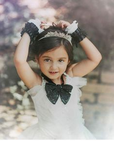 Image may contain: 1 person Cute Little Baby Girl, Cute Baby Girl Pictures, Pretty Baby, Beautiful Children, Beautiful Babies, Cute Kids, Cute Babies, Baby Images, Baby Photos