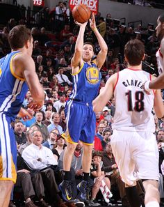 4.17.13 | Klay Thompson led the way for the Warriors with 24 points.