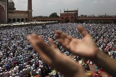LAST FRIDAY: Indian Muslims prayed on the last Friday of Ramadan at Jama Masjid, or the Grand Mosque, in New Delhi Friday. (Altaf Qadri/Associated Press)
