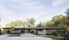 Prairie-Style '60s Home in Quebec Gets Glossy Modern Update - Curbed