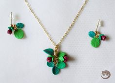 Magic berries set of earrings and pendant от BinturongJewelry