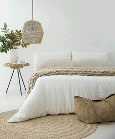 Miraculous Cool Ideas: Natural Home Decor Ideas Backyards natural home decor earth tones spaces.Natural Home Decor Bedroom Interiors natural home decor rustic furniture.Natural Home Decor Living Room Floors. Natural Home Decor, Natural Bedroom, Natural Interior, Natural Bed Linen, Natural Rug, Natural Texture, Natural Living, Cozy Room, Bedroom Inspo