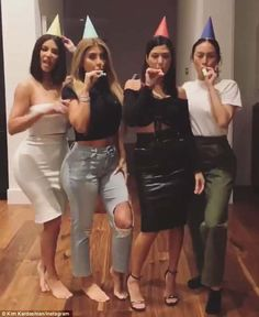 The crew! And there were quite a few revelers, including Kardashian family friends Malika Haqq and Larsa Pippen, among others Kim Kardashian Kiss, Kardashian Family, Kardashian Style, Kardashian Jenner, Kyle Jenner, Kendall Jenner, Jenner Girls, Flattering Outfits, Kim K Style