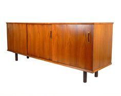 Mid Century Modern Teak Wood Credenza Teak Sideboard Buffet Midcentury Credenza Modern Credenza Retro Home Decor Danish Modern Furniture