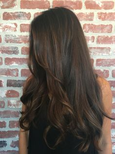 Long Wavy Ash-Brown Balayage - 20 Light Brown Hair Color Ideas for Your New Look - The Trending Hairstyle Brown Hair Shades, Light Brown Hair, Brown Hair Colors, Long Brown Hair, Long Layered Hair, Chocolate Brown Hair Color, Chocolate Hair, Chocolate Brown Highlights, Bronde Hair