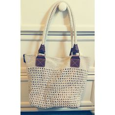 Beautiful beachy purse! This purse, made by The Sak, is super cute and is an amazing summer purse. Very spacious! Gently used. The Sak Bags Shoulder Bags