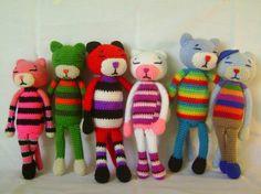 Aminekos para toda la familia!! visita www.facebook.com/tejereis