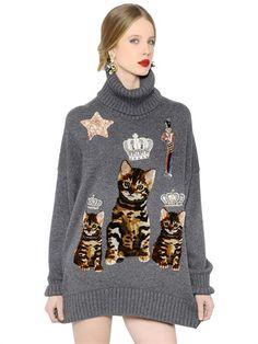 DOLCE & GABBANA Oversized Embroidered Cashmere Sweater, Grey. #dolcegabbana #cloth #knitwear