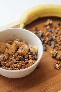 Caramelized Banana and Chocolate Chip Granola Bowl