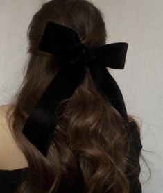 Hairstyles For Round Faces, Summer Hairstyles, Pretty Hairstyles, Hairstyles 2018, Banana Clip Hairstyles, Female Hairstyles, Brunette Hairstyles, Hairstyles Pictures, Work Hairstyles