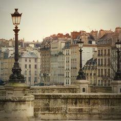 paris sera toujours paris... paris will always be paris <3 <3 <3
