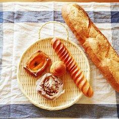 基本のパンを毎日美味しく焼き続ける一方で、季節の果物を旬の時期に楽しめれば、という思いからのラインナップだそう。岐阜県・飛騨高山のブーランジェリー トランブルー