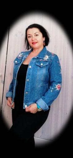 Fashion Blogger Style, Lifestyle Blog, Denim, Jeans, Jackets, Shopping, Beauty, Down Jackets, Beauty Illustration