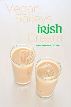 Vegan Baileys Irish Cream - With coconut/almond milk with Whiskey and either agave/honey or maple syrup. Baileys Irish Cream, Vegan Baileys, Baileys Recipes, Baileys Drinks, Vegan Life, Raw Vegan, Vegan Food, Vegan Blogs, Vegan Recipes