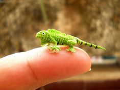 Micro Green Iguana Miniature Crochet Mini Lizard stuffed by SuAmi