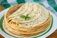 Many thin pancakes - Stock Photo , Healthy Crepes, Savory Crepes, Crepe Recipes, Brunch Recipes, Crepes Sin Gluten, Chefs, Kefir Benefits, Strawberry Crepes, Chocolate Crepes