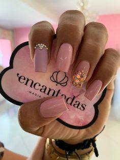 Acrylic Nail Designs, Acrylic Nails, Gel Nails, Love Nails, Pretty Nails, Diy Beauty Nails, Gold Glitter Nails, Nail Patterns, Belem
