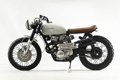 Welcome to Cafe Racer Design! We focus solely on showcasing the design of Cafe Racer Motorcycles. Cafe Racer is a term used for a type of motorcycle and the cyclists who ride them! Cafe Racer Honda, Cb 450 Cafe Racer, Honda Scrambler, Cafe Racer Motorcycle, Honda Motorcycles, Custom Motorcycles, Custom Bikes, Rock And Roll, Lowrider Bicycle