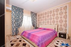CAZARE in regim hotelier in apartament modern cu 1 camera situat in Galati, zona IC Frimu (apartament IZABEL 2). Apartamentul are suprafata de 28 mp, este mobilat, proaspat renovat si complet echipat: centrala termica, aer conditionat, televizor, frigider, plita, filtru de cafea: http://imobiliaregalatibraila.ro/944-inchiriez-in-regim-hotelier-apartament-1-camera-situat-in-galati-ic-frimu/details.html