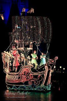 Tokyo Disneyland   Flickr - Photo Sharing!