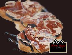 Tostas de jamón y foie con vinagre de Módena ¡Buenos días!