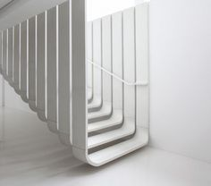 escalier design blanc moderne design contemporain zaha hadid