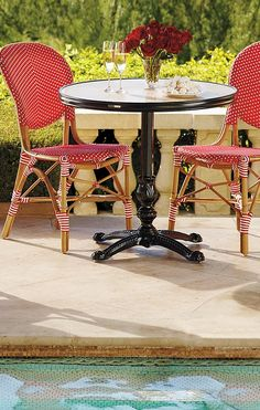Create the allure of a French sidewalk café with our charming and comfortable Paris Bistro Dining Chairs.