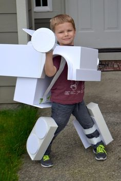 Kids Transforming Big Rig Costume Template | Etsy Homemade Halloween, Fall Halloween, Halloween Crafts, Halloween Ideas, Halloween Costumes, Halloween Makeup, Transformer Halloween Costume, Car Costume, Optimus Prime Costume