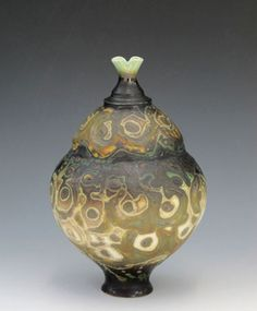 GEOFFREY SWINDELL  Ceramics  Over forty Museums and Public Collections own his work including the Crafts Council and the Victoria and Albert in London.
