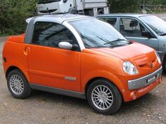 The orange Aixam Scouty R front. Electric Car Conversion, Kei Car, Microcar, Smart Fortwo, Weird Cars, Smart Car, City Car, Mini, Car In The World