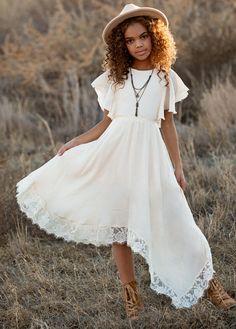 *NEW* Lakynna Dress in Bone White – Joyfolie Little Girls White Dress, Girls Fancy Dresses, Toddler Flower Girl Dresses, Little Girl Outfits, Cute Outfits For Kids, Boho Flower Girl, Boho Girl, Flower Girls, Dresser