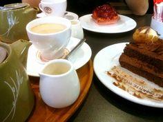 Cake & afternoon tea