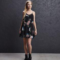 Sukienka w kwiaty, CROPP